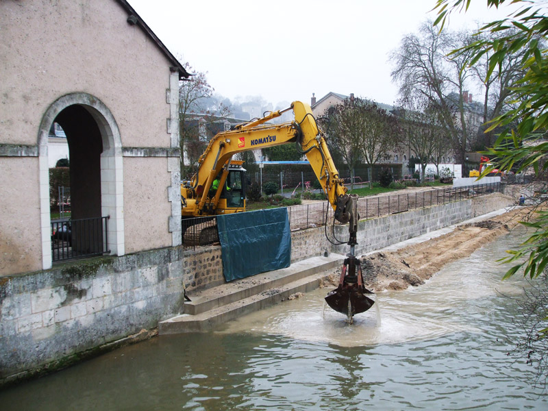 Curage-bras-du-Loir-minier-travaux-publics