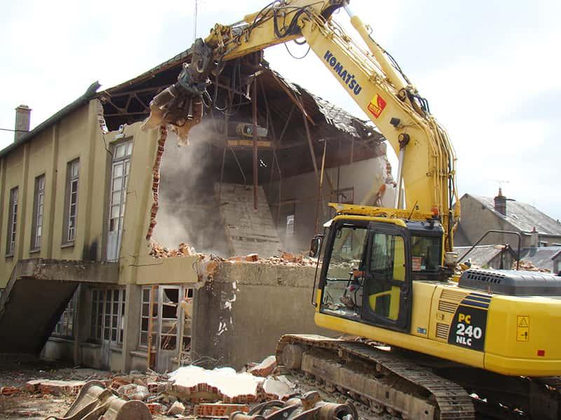 Demolition-foyer-social-de-Droue-minier-travaux-publics